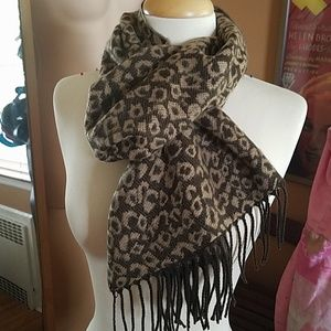 Leopard Soft Fringed Scarf